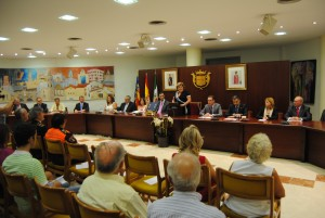 """Ayuntamiento de Novelda DSC_0624-300x201 La alcaldesa destaca el """"orgullo de ser valencianos sin complejos ni extremismos"""""""