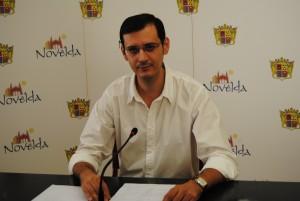 Ayuntamiento de Novelda Educacion1-300x201 El Ayuntamiento alcanza un acuerdo con el Hércules para que 200 niños asistan gratis al partido del sábado