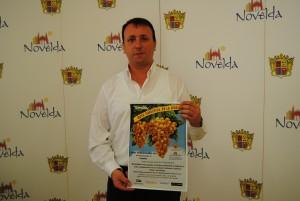 Ayuntamiento de Novelda Ruta-de-la-uva-300x201 Turismo organiza una novedosa ruta para visitar viñedos y almacenes de uva, en plena temporada de recolección