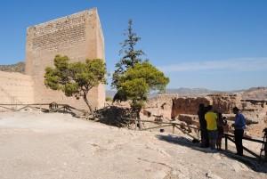 Ayuntamiento de Novelda Castillo-de-La-Mola-300x201 Novelda se suma a la Ruta de los Castillos del Vinalopó en la que se potencia el sector turístico de la comarca