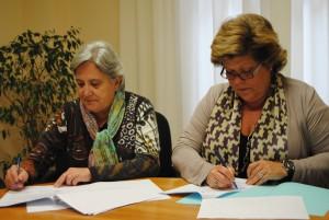 Ayuntamiento de Novelda Cruz-Roja-300x201 La alcaldesa firma con Cruz Roja el convenio de colaboración con una subvención de 154.350 euros