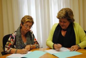 Ayuntamiento de Novelda alzheimer1-300x201 La alcaldesa firma con la asociación de Alzheimer el convenio de colaboración con 60.000 € de subvención