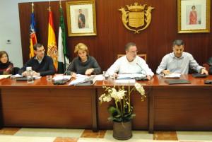 Ayuntamiento de Novelda DSC_1281-300x201 Los grupos políticos municipales aprueban poner en  marcha un Plan Estratégico de Empleo en Novelda