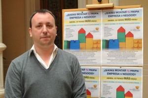 Ayuntamiento de Novelda DSC_0289-300x200 Industria organiza una charla para explicar a los emprendedores la nueva legislación que simplifica  trámites para instalar negocios y empresas