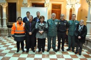 Ayuntamiento de Novelda DSC_1671-300x200 La alcaldesa entrega a Guardia Civil y Cruz Roja el sistema GPS para localizar viviendas y parcelas rústicas