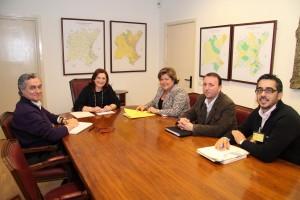 Ayuntamiento de Novelda Reunicon-Confederacion-300x200 La alcaldesa y la presidenta de la Confederación Hidrográfica del Júcar abordan los proyectos de Novelda