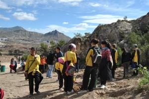 Ayuntamiento de Novelda DSC_0292-300x200 Más de 200 alumnos de primaria participan en la campaña de reforestación en la cantera de la Mola