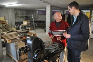 Ayuntamiento de Novelda DSC_0329-300x200 Cuarenta y cinco años después de que dejaran de funcionar, la concejalía de Cultura inicia la restauración de las máquinas de cine del antiguo María Guerrero