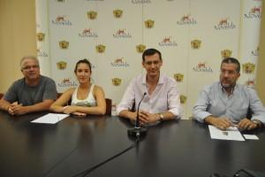"""Ayuntamiento de Novelda DSC_0589-300x200 Se pone en marcha la iniciativa """"Llibre Solidari"""" para facilitar a las familias con pocos recursos libros de texto"""