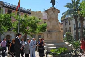Ayuntamiento de Novelda DSC_0644-300x200 El presidente del Consell Valencià de Cultura y la alcaldesa descubren una placa en homenaje a Jorge Juan
