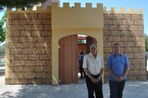 Ayuntamiento de Novelda DSC_7480-300x200 Se ultima la construcción del nuevo castillo de embajadas para las fiestas de Moros y Cristianos