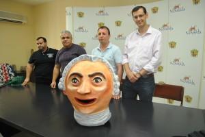 """Ayuntamiento de Novelda DSC_7547-300x200 Jorge Juan ya tiene su versión en forma de """"nano"""""""