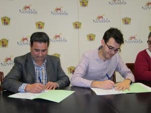 Ayuntamiento de Novelda Convenio-Capaz-300x225 El Ayuntamiento firma los convenios de colaboración con Cruz Roja y Capaz