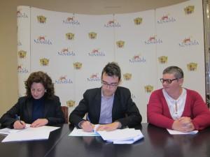 Ayuntamiento de Novelda Convenio-Cruz-Roja-300x225 El Ayuntamiento firma los convenios de colaboración con Cruz Roja y Capaz