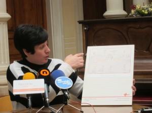 """Ayuntamiento de Novelda IMG_4535-300x224 Novelda acoge la exposición """"Llapis, paper i bombes"""""""