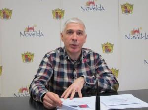 Ayuntamiento de Novelda IMG_5420-300x224 Técnicos de una empresa especializada comienzan a tomar fotografías de los inmuebles para la regularización catastral