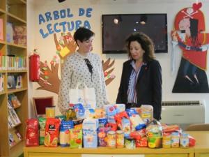 Ayuntamiento de Novelda IMG_6207-300x225 La Biblioteca municipal convierte la penalización en  solidaridad
