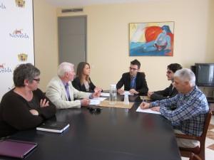 Ayuntamiento de Novelda IMG_6604-300x225 El alcalde se reúne con el Colegio Oficial de Criminólogos