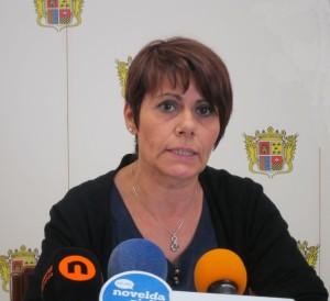 """Ayuntamiento de Novelda Lourdes-300x274 Comercio organiza el curso """"Cómo vender por internet"""""""