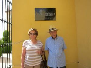 Ayuntamiento de Novelda IMG_8436-300x225 El Ayuntamiento reconoce, con una placa permanente en el cementerio, el altruismo del alcalde Manuel Alberola