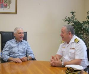 Ayuntamiento de Novelda Visita-Subdelegado-Defensa-300x250 El alcalde se reúne con el subdelegado de Defensa