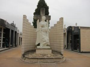 Ayuntamiento de Novelda IMG_1302-300x225 El Ayuntamiento activa un dispositivo especial en el cementerio por la festividad de Todos los Santos