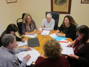 Ayuntamiento de Novelda IMG_3039-300x225 El alcalde se reúne con la directora general del EIGE para agilizar la adjudicación de las viviendas sociales