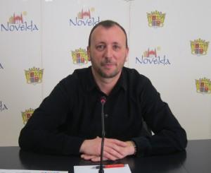 Ayuntamiento de Novelda sepulcre-300x245 El Ayuntamiento recibe a los representantes de la Ruta del Vino