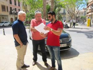 Ayuntamiento de Novelda IMG_5903-300x224 El Ayuntamiento pone en funcionamiento el BonoTaxi