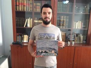 Ayuntamiento de Novelda libro-mini-300x225 Deportes hace un llamamiento para que se devuelva el libro de firmas a La Mola