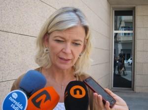 Ayuntamiento de Novelda IMG_6793-300x224 La consellera reclama el cuarto juzgado para Novelda en su visita a la ciudad