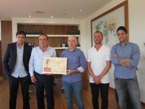 Ayuntamiento de Novelda IMG_7754-300x224 El Ayuntamiento felicita a Grupo Iñesta por su premio de la Cámara de Comercio