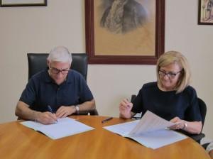 Ayuntamiento de Novelda IMG_8825-300x224 El Ayuntamiento renueva el convenio con el Colegio de Abogados para mantener el servicio de Intermediación Hipotecaria
