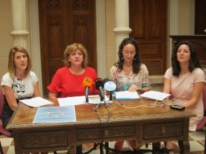 Ayuntamiento de Novelda IMG_9069-300x224 La Escuela Oficial de Idiomas oferta el valenciano en Novelda