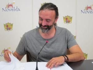 Ayuntamiento de Novelda Ricardo-Ayto-300x225 Novelda congela el IBI a los ciudadanos y lo grava en un 50% a las viviendas vacías propiedad de bancos