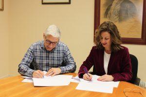 Ayuntamiento de Novelda IMG_1287-300x200 Firmado el convenio de colaboración con Cruz Roja