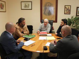 Ayuntamiento de Novelda reunion-ok-300x225 El alcalde aborda con el delegado del Consell los asuntos pendientes entre las dos administraciones