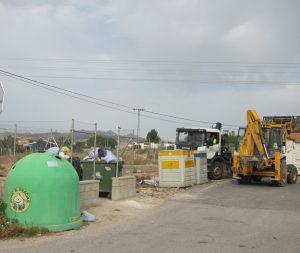 Ayuntamiento de Novelda residuos-mini-300x253 Novelda recicla el 7% de los 9,7 millones de kg de residuos que produce
