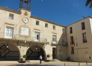 Ayuntamiento de Novelda pago-mini-300x215 El Ayuntamiento rebaja a dieciocho días el plazo medio de pago a proveedores