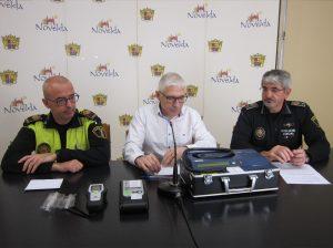 Ayuntamiento de Novelda Etilo-2-mini-300x224 La Policía Local cuenta con un nuevo etilómetro para las pruebas de alcoholemia