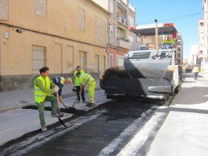 Ayuntamiento de Novelda Reasfaltado-2-Ayto-300x225 Se reabre al tráfico rodado parte de las vías  afectadas por las obras del colector centro de pluviales