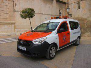 Ayuntamiento de Novelda Coche-2-Ayto-300x225 Nuevo vehículo para Protección Civil
