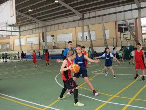 Ayuntamiento de Novelda juegos-2-300x225 El Polideportivo Municipal acogió una nueva jornada de convivencia de los Juegos Escolares