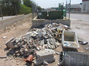 Ayuntamiento de Novelda ordenanza-2-Ayto-300x225 Se presentan más de cien denuncias por infracciones a la ordenanza de convivencia ciudadana
