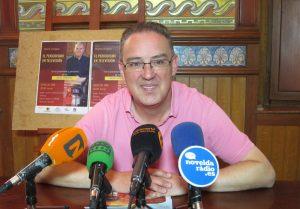Ayuntamiento de Novelda Rafa-ayto-300x209 El periodista de TVE, Moisés Rodríguez, hablará sobre su profesión en el Gómez-Tortosa