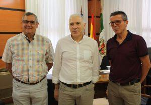 Ayuntamiento de Novelda jubilacion-mini-300x208 El Ayuntamiento de Novelda reconoce su dedicación a los policías jubilados Manuel Guillén y Federico Casado