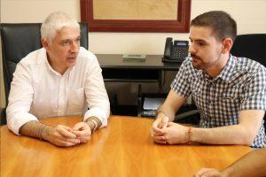 Ayuntamiento de Novelda Ricardo-ayto-300x200 El alcalde felicita al noveldense Ricardo Abad Coloma por su premio al mejor expediente en  Geografía