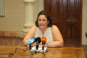 Ayuntamiento de Novelda IMG_0135-ayto-300x200 Tres programas de Servicios Sociales reciben subvenciones de Diputación