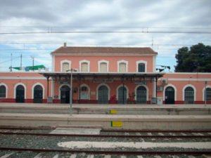 Ayuntamiento de Novelda estacion-ayto-300x225 Renfe hace públicos los nuevos horarios del tren Novelda-Alicante
