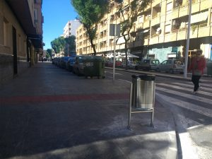 Ayuntamiento de Novelda papeleras-mini-300x225 Calidad ambiental instala nuevas papeleras
